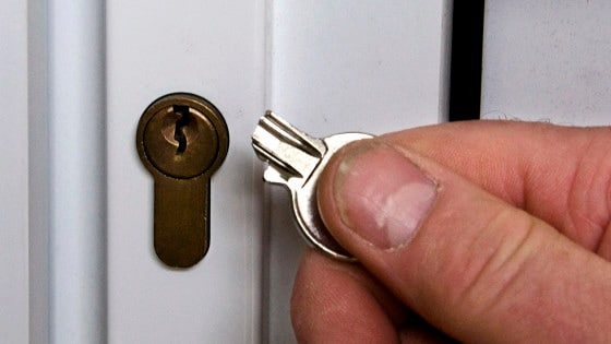 How To Remove Broken Key From Lock >> 3 Simple Tools That Can Remove A Broken Key